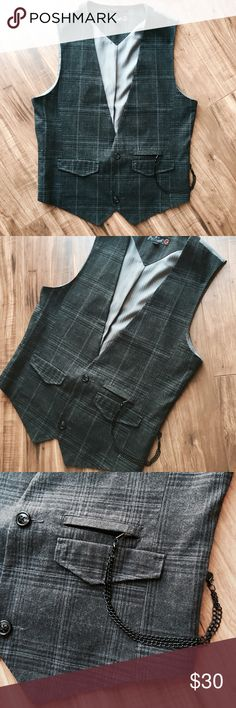 • GUESS vest • Very stylish Slim 2 button Guess waistcoat. Achieve a great night out look with this vest. Dapper pocket chain adds a grouch of class! In great condition. G by Guess Suits & Blazers Vests