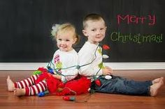 sibling christmas picture