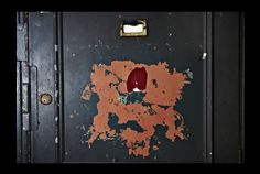 Secret door to the ECC- Experimental Cocktail Club, Soho, London. London Gin, Cocktail Club, London Clubs, Things To Do In London, Black Doors, Secret Places, Chinese Restaurant, Places To Go, Tela