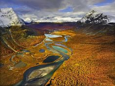 Autumn in Rapadalen, Sarek National Park, Sweden, September 2007.