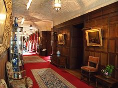 Picture Corridor