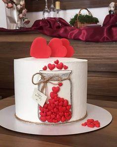 Candy Birthday Cakes, Elegant Birthday Cakes, Beautiful Birthday Cakes, Cake Decorating Designs, Creative Cake Decorating, Cake Decorating Techniques, Valentines Day Cakes, Valentines Baking, Beautiful Cake Designs