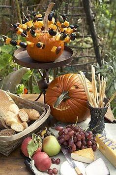 Fun Pumpkin Table Display Ideas !