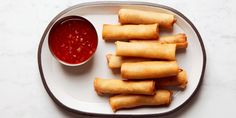This roll can be filled with whatever you like: beef, pork, or vegetables. The combination in this recipe is my favorite. Lumpia Recipe, Spring Roll Wrappers, Sweet Chili, Asian Recipes, Oriental Recipes, Asian Foods, Beef Recipes, Recipies, Asian Cooking