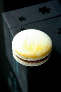 Bonbini!: i heart u, French macaroon... Best Macaroon Recipe Ever!  w/ almond flour - no grinding almonds