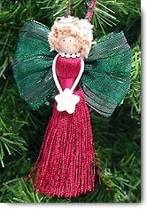 Christmas craft ideas for makig angel ornaments with step by step instructions for each craft project brought to you by Christmas Decoration Crafts. Christmas Ornaments To Make, Christmas Makes, Angel Ornaments, Christmas Angels, Christmas Crafts, Christmas Decorations, Christmas Poinsettia, Crochet Ornaments, Crochet Snowflakes