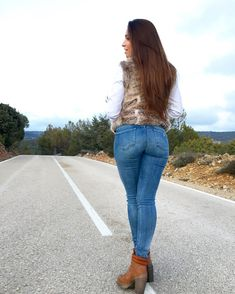 All in the jeans My Jeans, Girls Jeans, Jeans Style, Blue Jeans, Denim Jeans, Skinny Jeans, Girls Foto, Comfortable Jeans, Latex Dress