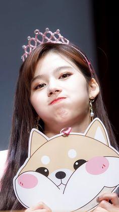 Nayeon, Kpop Girl Groups, Korean Girl Groups, Kpop Girls, K Pop, Sana Cute, Sana Minatozaki, Twice Once, Shes Perfect