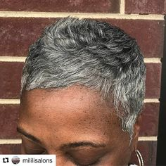 How in the heck did i miss this?! Gorgeous caesar cut!  #GrayHair #ShortNGray #SistaYourGrayIsBeautiful #Repost @mililisalons Gray ~n~ beautiful #ourgrayisbeautiful #ourgrayhairisbeautiful #grayhairbeauty #haircut #mililisalons