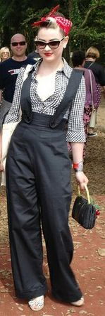 Rockabilly Rosie.. loving her outfit!♥