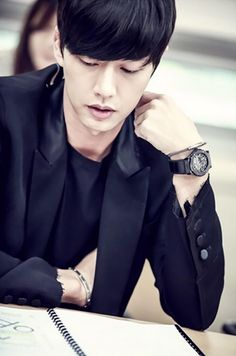 park hae jin 박해진 cheese in the trap 치즈인더트랩 2015 script reading Asian Celebrities, Asian Actors, Korean Actors, Korean Dramas, Park Hye Jin, Cheese In The Trap, Ahn Jae Hyun, My Love From The Star, Kim Go Eun