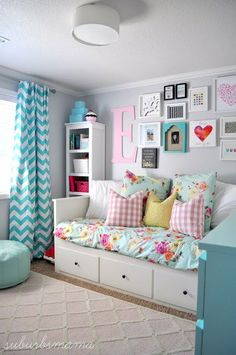 Do you want to decorate a woman's room in your house? Here are 34 girls room decor ideas for you. Tags: girls bedroom decor, girls bedroom accessories, girls room wall decor ideas, little girls bedroom ideas Teenage Girl Bedroom Designs, Teenage Girl Bedrooms, Little Girl Rooms, Tween Girls, Kids Bedroom Ideas For Girls Tween, Kids Rooms, Preteen Girls Rooms, Preteen Bedroom, Teen Wall Designs