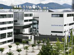 Deutsche Welle broadcasting building in Bonn, Joachim Schürmann & Partner.