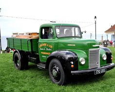 Vintage Commer Pickup......                                                                                                                                                      Más
