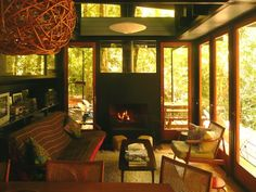 Image 4 of 37 from gallery of Recycled Materials Cottage / Juan Luis Martínez Nahuel. Photograph by Juan Luis Martínez Nahuel Forest Cottage, Cottage In The Woods, Cozy Cottage, Cabins In The Woods, House In The Woods, Cottage Ideas, Architecture Details, Interior Architecture, Interior And Exterior