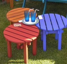 Patio Side Table, Wooden Side Table, Picnic Table, Side Tables, Patio Furniture Makeover, Wooden Patios, Outdoor Chairs, Outdoor Furniture, Entryway Wall Decor