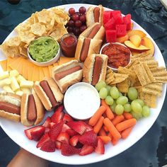 """and just like that, summer break is over 😥 we ended it with a swim """"bath"""" 😜 and a hot dog snack tray 💦🌭😋🎉 best summer ever. Snack Platter, Party Food Platters, Food Trays, Deco Baby Shower, Cooking Recipes, Healthy Recipes, Easy Recipes, Summer Recipes, Snacks"""