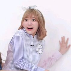 Meme Faces, Funny Faces, Sakura Miyawaki, Cute Memes, Kpop, Sweet Girls, K Idols, Girl Group, My Favorite Things