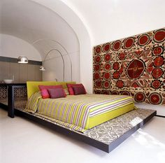 Antique uzbek suzani...Villa in Positano bedroom eighteenth century villa