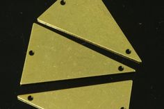 20 pcs 16x25 mm raw brass triangle tag 2 hole raw brass connector charms ,raw brass findings R829t