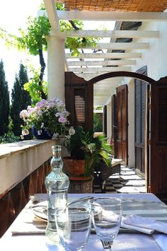 The Villa Plageron B&B is a hidden gem nestled in a seemingly wild area of the French Riviera. It features four large rooms with terraces offering breathtaking seaviews over the opulent Mediterranean and gardens below. A small stone staircase will take you down to a pretty sand and rocks cove.