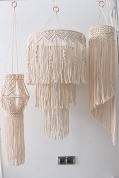 Items similar to wall hanging macrame light on Etsy,Lighting hanging macrame - wedding - Modern macrame - housewarming gift - Macrame wall decor - Boho How to select a lamp for family area and bedroom? Macrame Design, Macrame Art, Macrame Projects, Macrame Knots, Art Macramé, Luminaire Mural, Macrame Tutorial, Boho Diy, Macrame Patterns