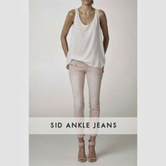 ROSAS EMPOLVADOS Y CRUDOS Ankle Jeans, Clothes, Latest Fashion Trends, Roses, Feminine, Women, Outfits, Clothing, Kleding