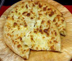 χατσαπουρι10 Homemade Cheese, Cheese Bread, Cooking Time, Finger Foods, Bakery, Food And Drink, Pizza, Yummy Food, Lunch