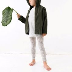 Discover the best selection of children's clothes for boys, girls and babies in our store TinyCottons. Visit us now and discover our New Collection! Spring Outfits, Boy Outfits, Fashion Outfits, Fashion Trends, Fashion Design For Kids, Fashion Kids, Cross Leggings, Oversized Jacket, Made Clothing