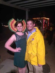 """This perfect two-person cosplay. 36 Things Everyone Who Loves """"Jurassic Park"""" Will Appreciate Jurassic Park Funny, Jurassic Park Costume, Jurassic Park Characters, Jurassic Park Party, Jurassic Park World, Movie Characters, Epic Halloween Costumes, Diy Couples Costumes, Easy Costumes"""