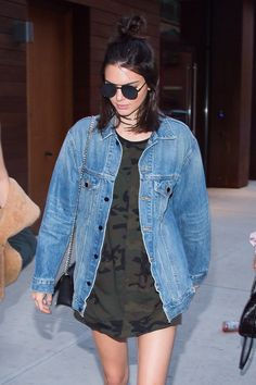 Kendall Jenner showing how to really pull off that oversized denim jacket