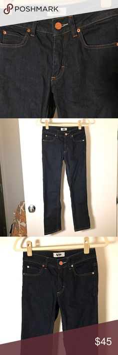 ACNE STUDIOS Low Rise Straight Jeans 👖 ✨Authentic✨These Acne jeans have a nice fit. Size on the tag reads 27/32, but I think runs a size or two smaller, because of the low-rise. I usually wear 25/26, a bit tight around my hip bones, so have to give this babe up! Condition: good 😊 Acne Jeans Straight Leg