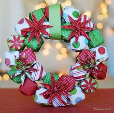 Christmas Origami Paper Wreath at Dollar Store Crafts - Diy Home Decor Dollar Store Outdoor Christmas Wreaths, Christmas Wreaths To Make, Noel Christmas, Holiday Wreaths, Christmas Projects, Holiday Crafts, Christmas Decorations, Christmas Ornaments, Thanksgiving Holiday