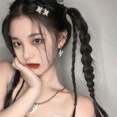 Hair Inspo, Hair Inspiration, Ulzzang Girl Fashion, Woman Fashion, Korean Beauty Girls, Korean Girl, Uzzlang Girl, Cute Girl Face, Aesthetic Hair