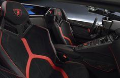 Lamborghini Aventador Roadster SV 2017