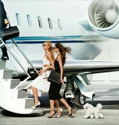 Private Jet Charter - Beste Just Luxus Boujee Lifestyle, Luxury Lifestyle Fashion, Jet Set, Vanessa Moe, Love Style Life, Jets Privés De Luxe, Louise Ebel, Jet Privé, Luxury Private Jets