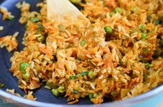 Slimming Eats Spanish Chicken and Rice - gluten free, dairy free, Slimming World and Weight Watchers friendly Easy Healthy Recipes, Diet Recipes, Chicken Recipes, Cooking Recipes, Healthy Meals, Recipies, Healthy Food, Savoury Recipes, Vegetarian Meals