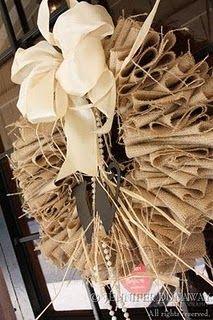 burlap wreath tut Burlap Projects, Burlap Crafts, Wreath Crafts, Diy Wreath, Burlap Wreaths, Wreath Making, Wreath Ideas, Fall Crafts, Diy Crafts