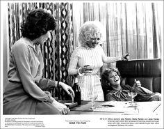 9 to 5 Movie lily tomlin | Lily Tomlin as 'Violet Newstead', Dolly Parton as 'Doralee Rhodes ...