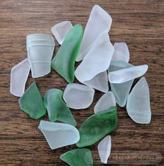 How to make sea glass in a rock tumbler for jewelry or arts and craft show products Sea Glass Crafts, Sea Glass Art, Seashell Crafts, Stained Glass Art, Beach Crafts, Diy Crafts, Recycled Crafts, Fused Glass, Garden Crafts