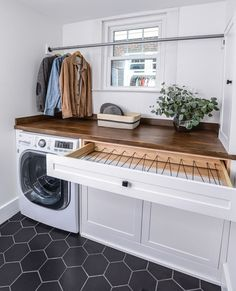 Mudroom Laundry Room, Laundry Room Layouts, Laundry Room Remodel, Laundry Room Organization, Laundry In Bathroom, Utility Room Storage, Laundry Room Drying Rack, Storage In Laundry Room, Laundry Room Floors