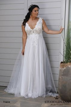 Plus size wedding gowns 2018 Tracie (2)