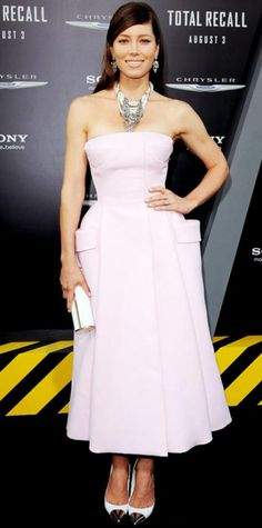 Look of the Day › August 2, 2012 WHAT SHE WORE At the L.A. Total Recall premiere, Biel looked pretty in a pink Dior Haute Couture cocktail dress, statement jewelry, a white Jimmy Choo roll clutch and cap-toe Louis Vuitton pumps.