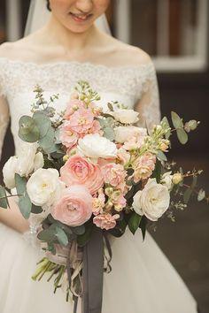 Planning A Fantastic Flower Wedding Bouquet – Bridezilla Flowers Summer Wedding Bouquets, Bride Bouquets, Flower Bouquet Wedding, Floral Wedding, Pink Bouquet, Bridal Flowers, Wedding Bride, Floral Arrangements, Wedding Styles