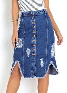 Saia midi jeans com elastano e botões frontais disponível do 36 ao 46. Encontre no #aplicativo #Posthaus usando o código: 3244984 #JeansdoPPaoPlusSize #saiajeans #tendência #plussize Waist Skirt, High Waisted Skirt, Destroyed Jeans, 36, Denim Skirt, Plus Size, Skirts, Products, Fashion
