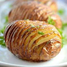 Hasselback Potatoes Meet the jacket potato's prettier and tastier brother – the hasselback potato. If you're a fan of jacket potatoes and haven't tried a hasselback potato, then you really should. …
