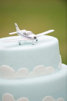 should have done a cake like this when Fred got his pilot license. Maybe when he starts going back to school and renews it.