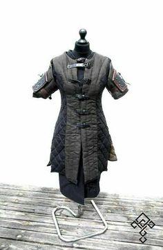 Medieval Costume Gambeson Reenactment Roman Black Color Good   Etsy Larp, Medieval Costume, Medieval Armor, Medieval Series, Medieval Fantasy, Armor Clothing, Medieval Clothing, Cosplay, Costume Armour