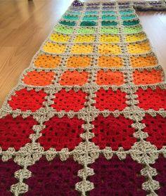 #crochetblanket #knitting #grannysquare #rainbow #handmade #sunorgu #colorfull #kahvesahane #kahve #rainbowblanket #rainbowcrochet #türkiye #örgü #elörgüsü #crochetlove #crochetaddict #hanimdilendibeybeğendi #supla #battaniye #bebekbattaniyesi #crochet #pusetbattaniyesi #picoftheday #nakoileörüyoruz#instacrochet#cappadocia#ürgüp#stylecraftyarn#sfmgsswoon