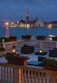 Venice Italy #romanticvacationspots